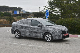all-new-2021-dacia-logan-spied-with-led-lights-coupe-roof5.jpg