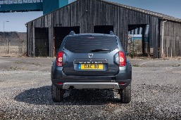 dacia-duster-commercial-priced-from-9595-photo-gallery_2.jpg