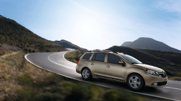 renault-logan-mcv-media-gallery-01